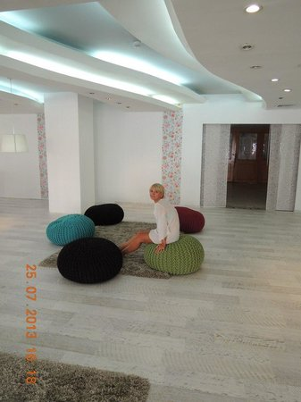 Park Hotel Netanya : лобби