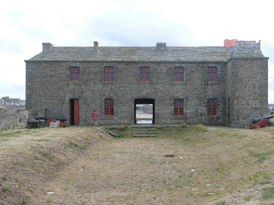 Fort du Petit Bé : Fort petit Bé vue  arrière de la terrasse