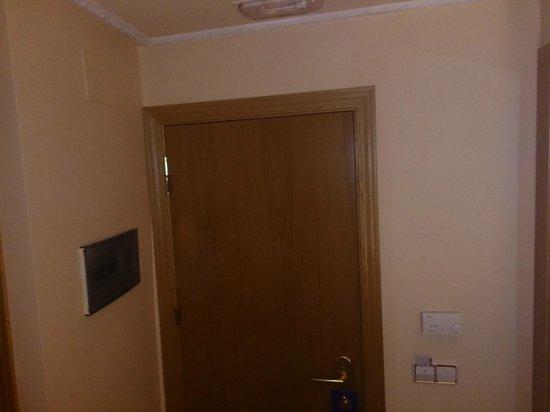 Hotel Don Luis: habitacion