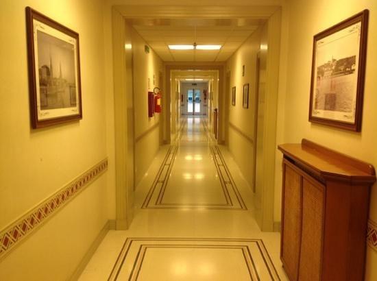 Villa Maria Hotel & SPA: corridoio delle camere
