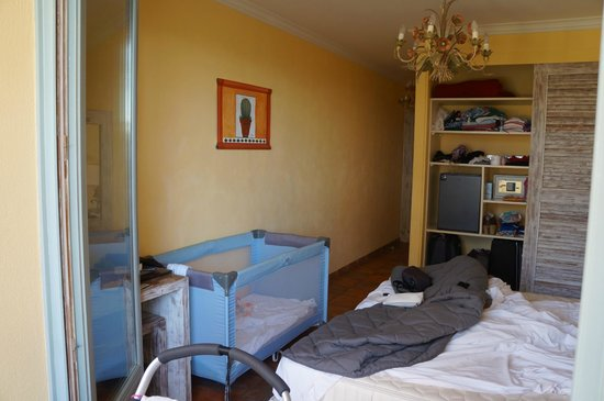 Le Domaine du Mirage : Room