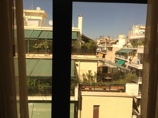 Crowne Plaza Hotel - Athens City Centre: View from the room (5th floor)