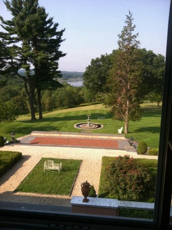 Glenmere Mansion: Lovely vistas
