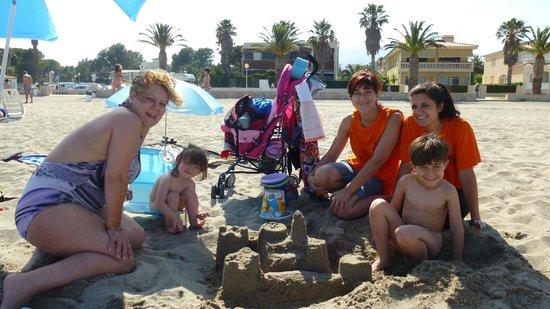 Tarde de playa con la Animación del Hotel Pino Alto