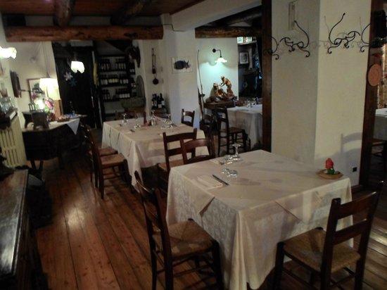 Albergo Lago Laux: la sala ristorante