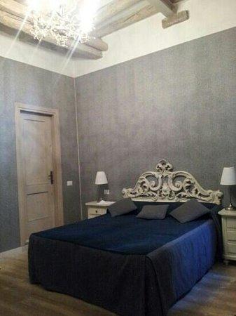 Locanda Casa Martini: Camera in stile 700 veneziano!!!!