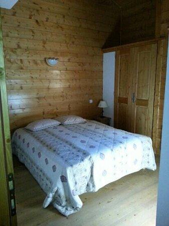 Lagrange Vacances Le Hameau du Rocher Blanc : chambre duplex