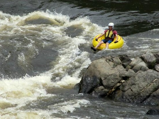 Black Rock Lodge: River Tubing