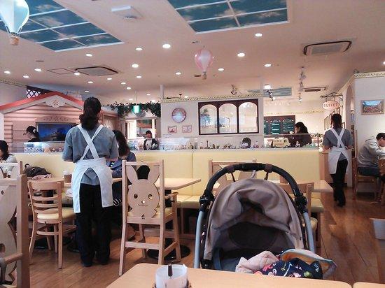 Sylvanian-Families Kitchen : 3.02.02【シルバニア森のキッチン】店内の雰囲気