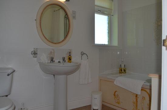 Clow Beck House: Bathroom.