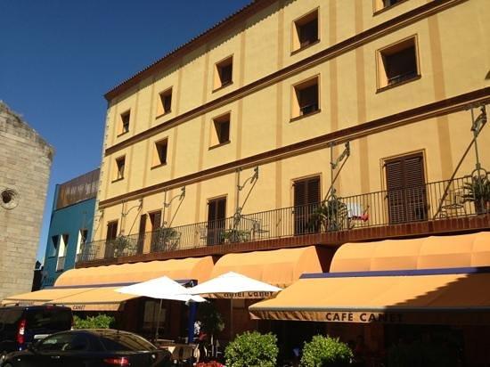 Hotel Canet: fachada