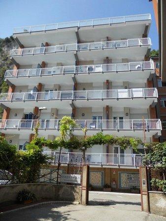 Panorama Santa Tecla Residence: Santa Tecla