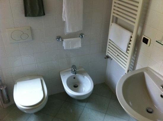 Hotel il Gabbiano La Spezia: bagno