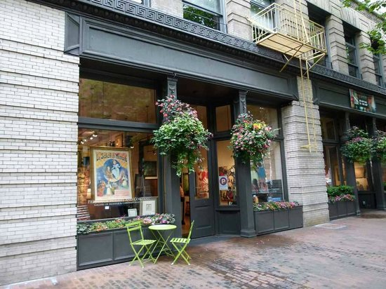 Pioneer Square Seattle - Davidson Galleries (c) Frank Koebsch