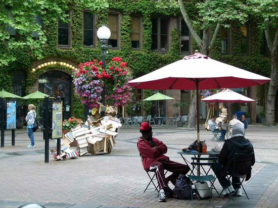 Pioneer Square Seattle - Occidental Park (c) FRank Koebsch  (4)