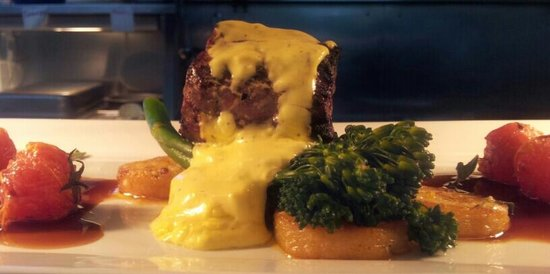 Cafe Y Chateaubriand