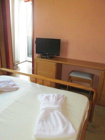 Torreata Hotel & Residence: tv
