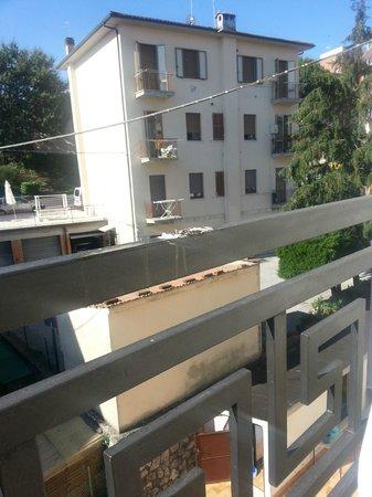 Hotel Garden: Balcone romantico