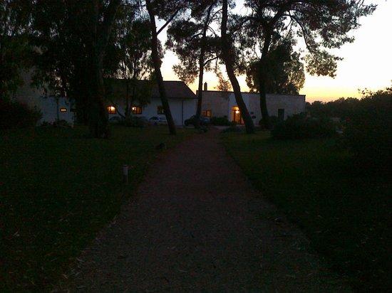 Masseria Corda di Lana Hotel & Resort : ... di sera