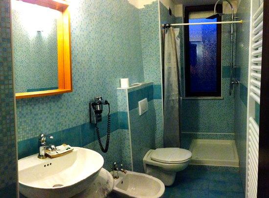 Hotel Rinaldo: BAGNO
