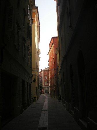 Citta Vecchia (Old City): Narrow street at the Old Quarter