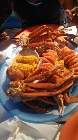 Gilligan's Seafood: Seafood platter for two