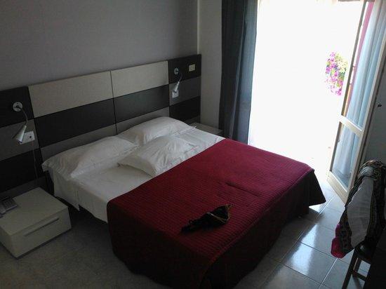 """Hotel Gardenia: la camera """"Doppia Superior"""""""