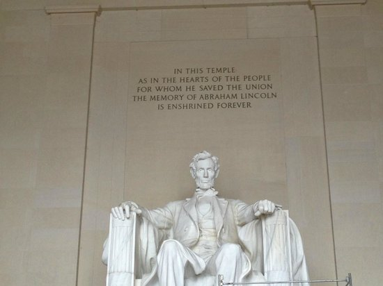 DC by Foot: Abraham Lincoln