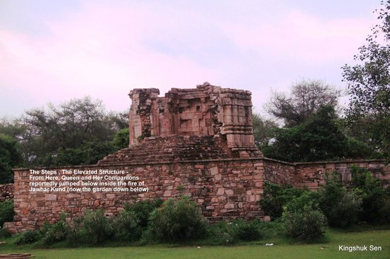 Chittaurgarh, Indien: The Pyre from where the Satis Jumped inside the Fiery Jauhar Kund below