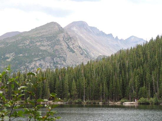 Denver Mountain Parks : Nestled in the mountains