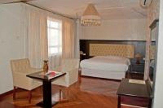 Taj Mahal Hotel: Spacious rooms