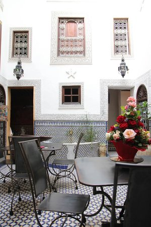Riad Boujloud: Coté Patio