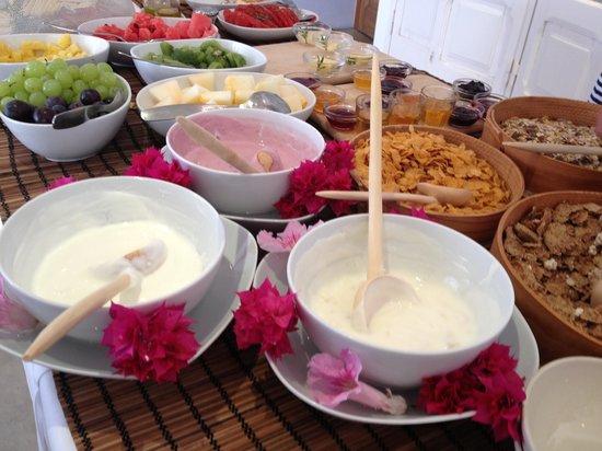 Tres Marias : Pequeno Almoço