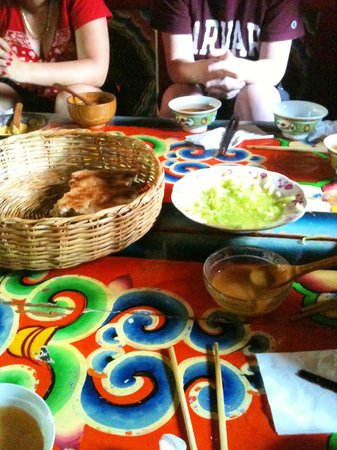 Zhuo Ma's Jiuzhaigou Home Stay: The remains of our meal!