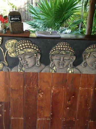Budha Gardens Spa: reception of the spa