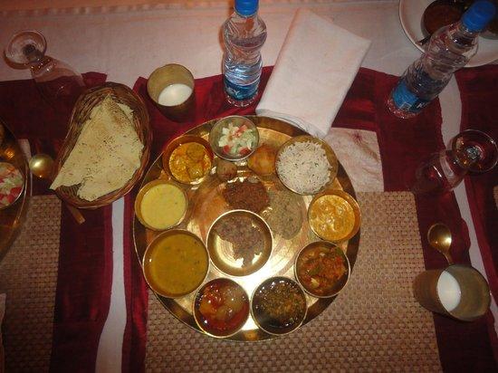 The Wall Street - A Business Hotel: Chokhi dhani Thali - Jaipur