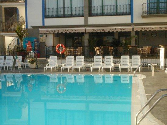 Marina Pool Bar Restaurant: The main pool
