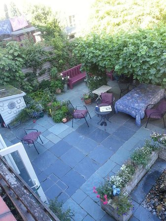 34 Lee Road : View of garden from bedroom