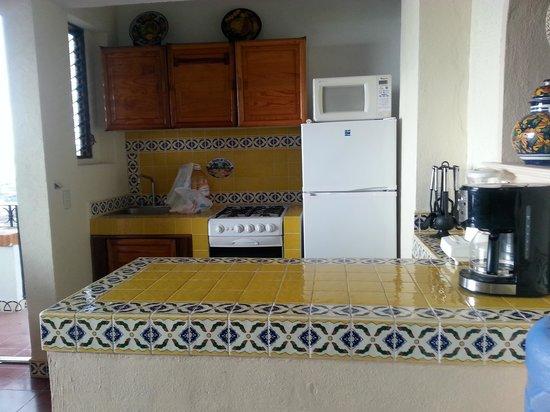 Hotel Suites la Siesta: Area de cocina