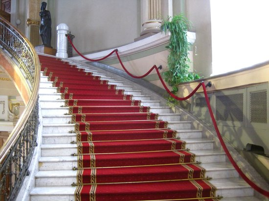 Latvian National Museum Of Art: Staircase up to 2nd floor