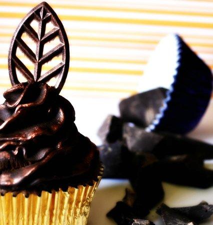 Chocolate Brown: Chocolate CupCake
