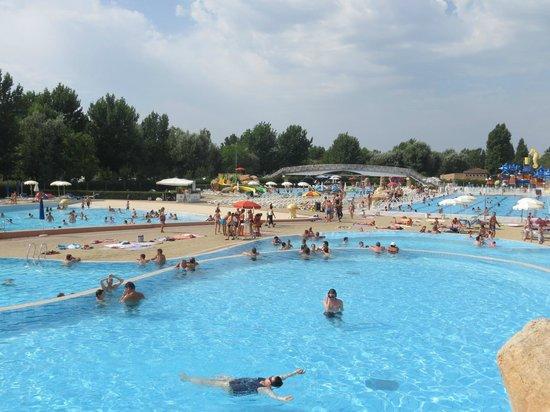 Camping Village Marina di Venezia: Parco acquatico interno al campeggio