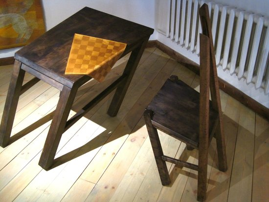 Museum of Decorative Art and Design: Table & Chair sculpture (1987)