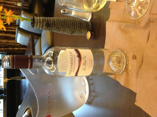 Clarion Collection Hotel Havnekontoret: Un des vins proposés à la réception (349NOK)