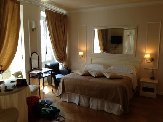Granduomo Charming Accomodation : half of the room