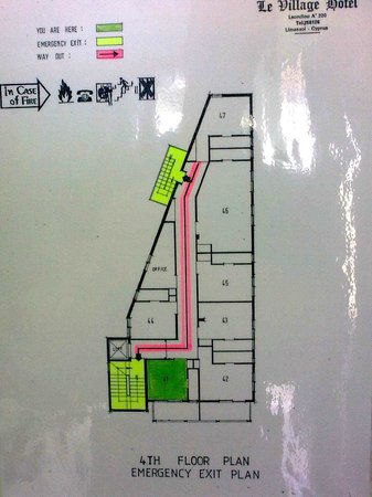 Le Village Hotel: Plan of the 4th floor - 41 and 42 are at the front, while 46 is the biggest room.