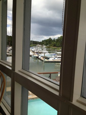 Sunset Grille: A view of the marina