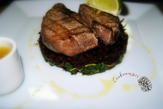 Cookoonari: Tuna Steak with anchovy dressing & green salad