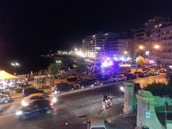 Hotel Roma: La vista dal bar di sera