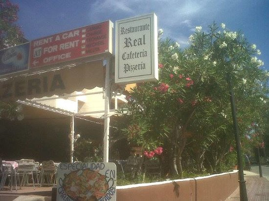 Apartments Del Rey: real restaurant